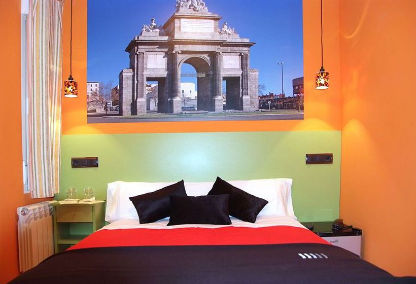 Hotel Jc Rooms Puerta Del Sol En Madrid Destinia