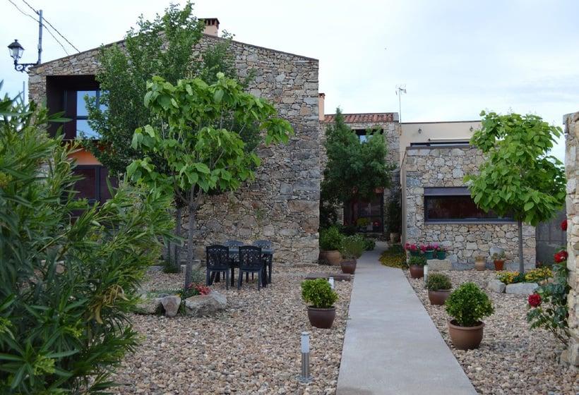 Apartamentos rurales san pedro en valencia de alc ntara for Hoteles en valencia de alcantara