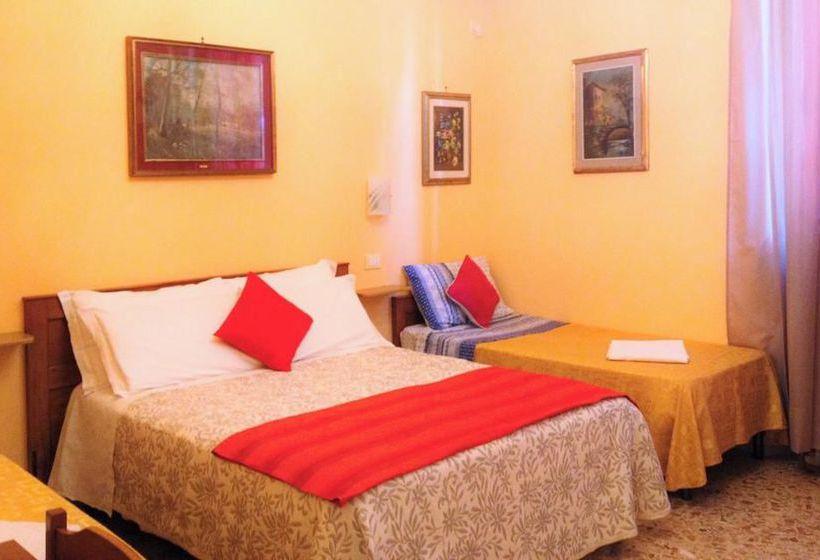 bed and breakfast a casa doina airport 2 en pisa destinia. Black Bedroom Furniture Sets. Home Design Ideas