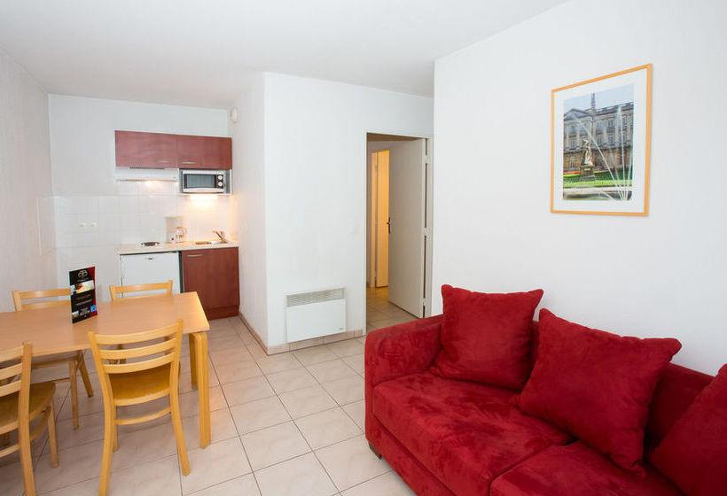 all suites appart hotel bordeaux merignac en merignac destinia. Black Bedroom Furniture Sets. Home Design Ideas