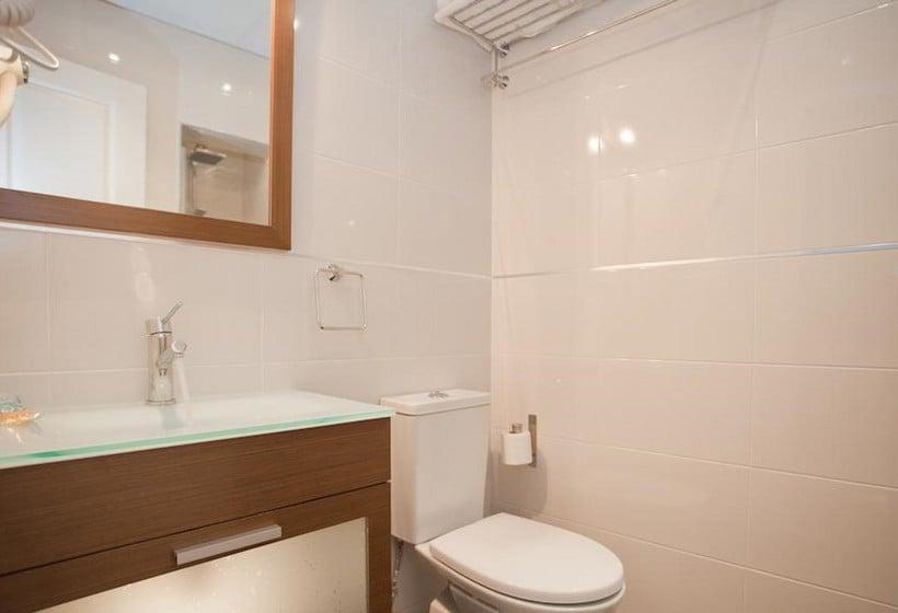 Cuarto de baño Sol Square Apartments Madrid