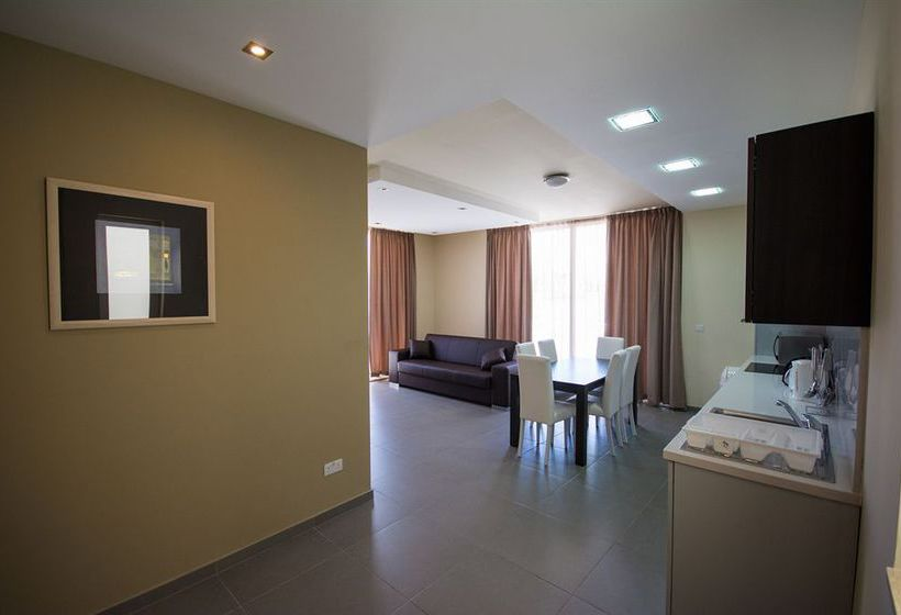Apartamentos depiro point en sliema destinia - Apartamentos baratos en malta ...
