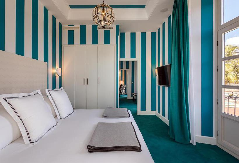 Room Mate Valeria Telefono